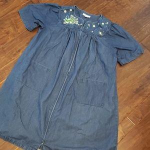 Go Softly Patio dress with zipper